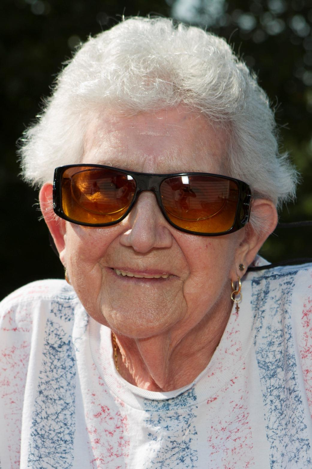 Lenora Kelly Olds
