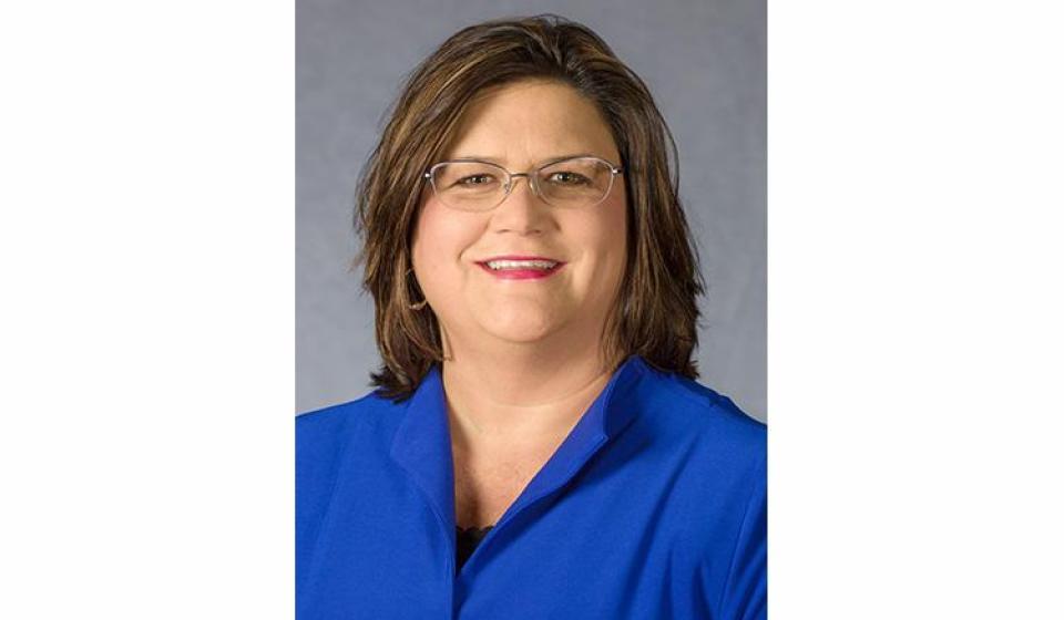Jennifer Bridge receives national extension award